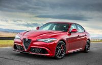 Slider Alfa Romeo Giulia 2.2 Turbo Diesel 150 cv AT8 Business